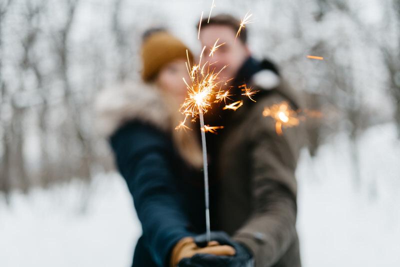 Eni+Isti Snowy, woodsy, classy Engagement